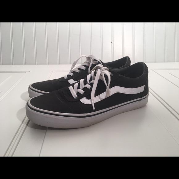 822e431b246d5b Vans Ward Women s Skate Shoes. M 5c0a8e668ad2f972093a82f6